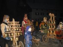 kirchse-perchten-in-ilching-immer-am-6-januar