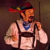 Festmeister Hans introduces G.T.E.V. D'Oberlandler